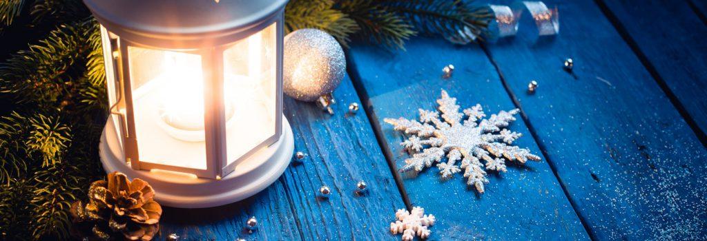 Fröhliche Weihnachten und ein friedliches neues Jahr!